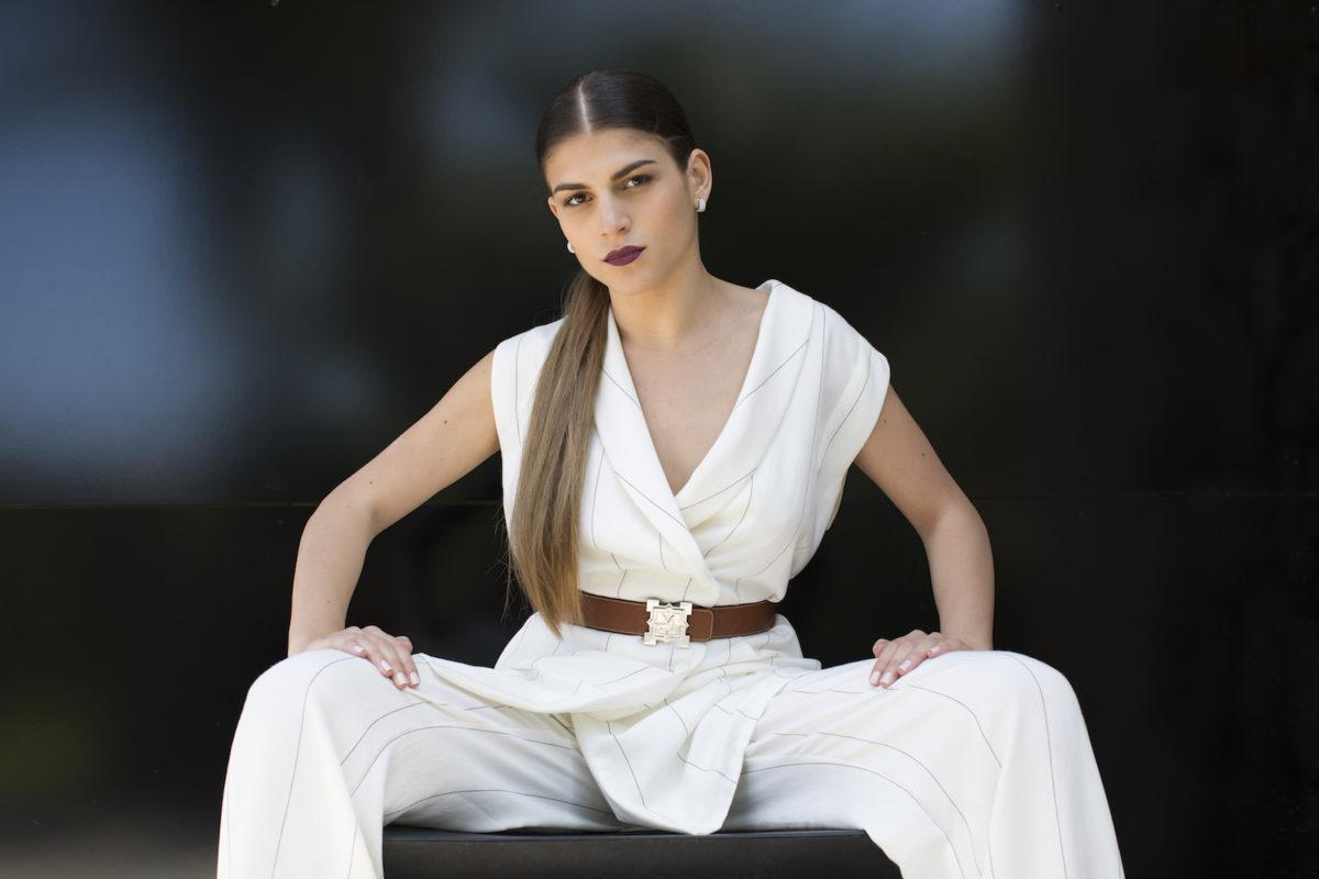 ensemble-robe-blazer-pantalon-fines-rayures-maison-macci-made-in-corse-creatrice-corse